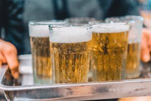 Văn hóa rượu bia mỗi kì nghỉ tại Việt Nam