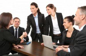 Chuyên viên quan hệ khách hàng doanh nghiệp