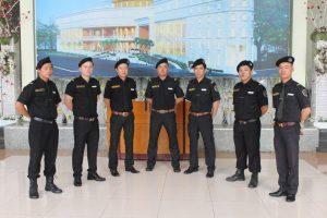 nhân viên an ninh