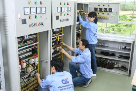 Lao động phổ thông có làm được nghề kỹ thuật điện