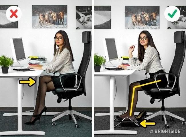 ngồi máy tính