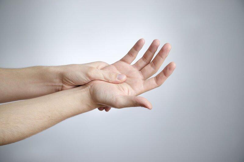 Massage cho đôi tay