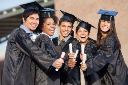 Với môi trường đại học, tinh thần tự học là vô cùng quan trọng.