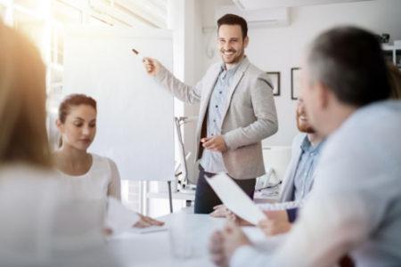 Sếp cần giúp nhân viên hiểu rõ nhiệm vụ, trách nhiệm công việc mà nhân viên được giao